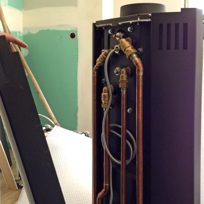 zu hause im gl ck kamdi24 wasserf hrender kaminofen schmitzker faro base. Black Bedroom Furniture Sets. Home Design Ideas